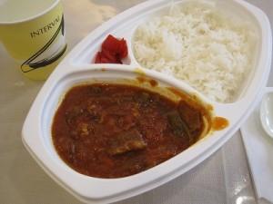 パレスチナ料理のファスーリャ いんげん豆とラム肉のトマト煮込み料理です。 ファスーリャとはいんげん豆のこと。辛くなく万人向けの味です。
